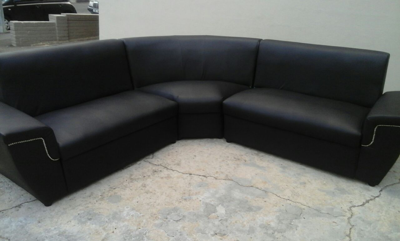 give away! new black leather couch
