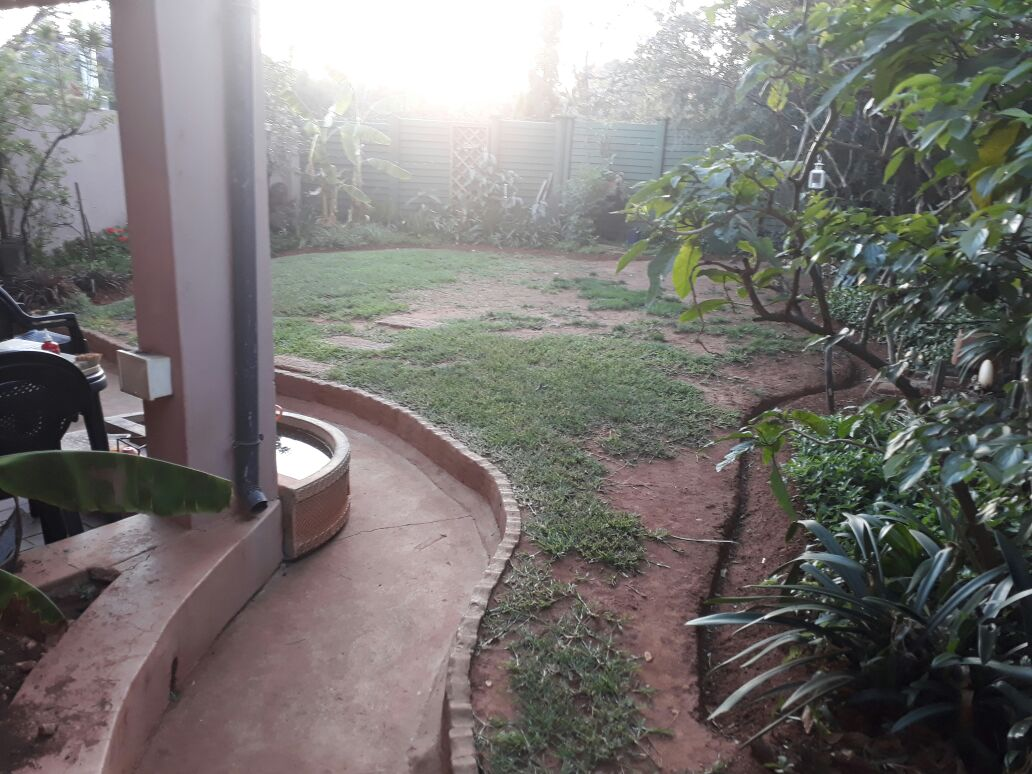 Two Bedroom Garden Flat to let in Lydiana. Pretoria East.