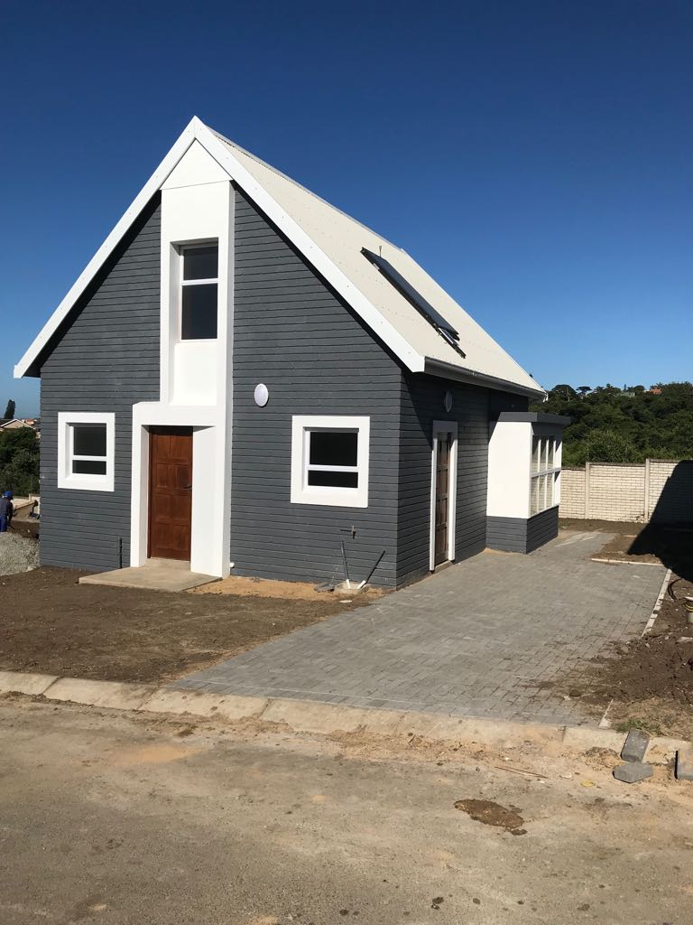 Brand new high quality houses in Sunnyridge in a secure complex.  Close to MBSA, IDZ