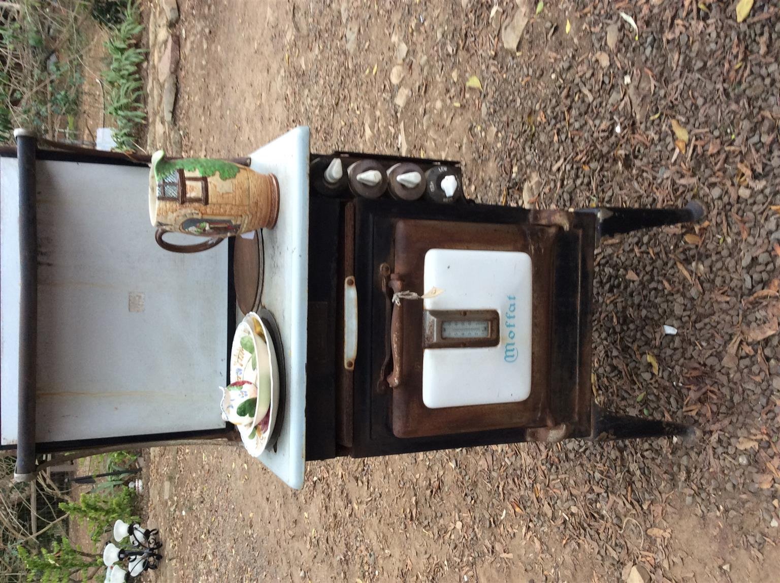 One off old time MOFFATT stove ideal for decor a must see!