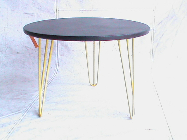 Hairpin table with yellow legs