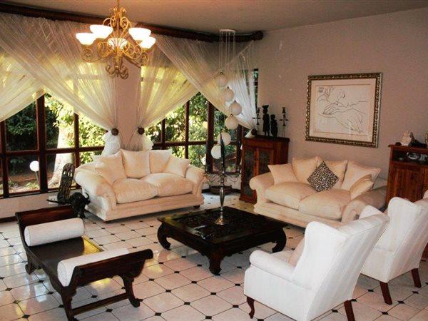 Faerie Glen, Pretoria East, furnished single room in big house