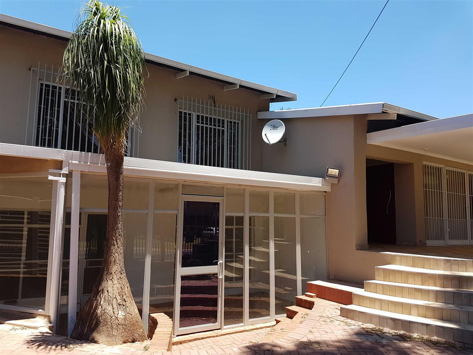 Exclusive Family Home- Annlin