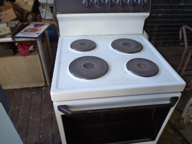 Defy Kitchenaire stove