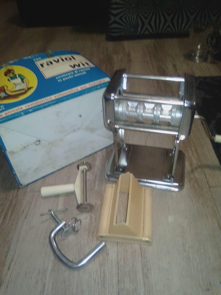 Pasta/deeg maker