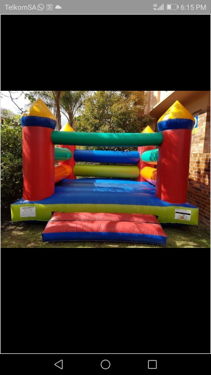 Jumping Castles for Kids Parties