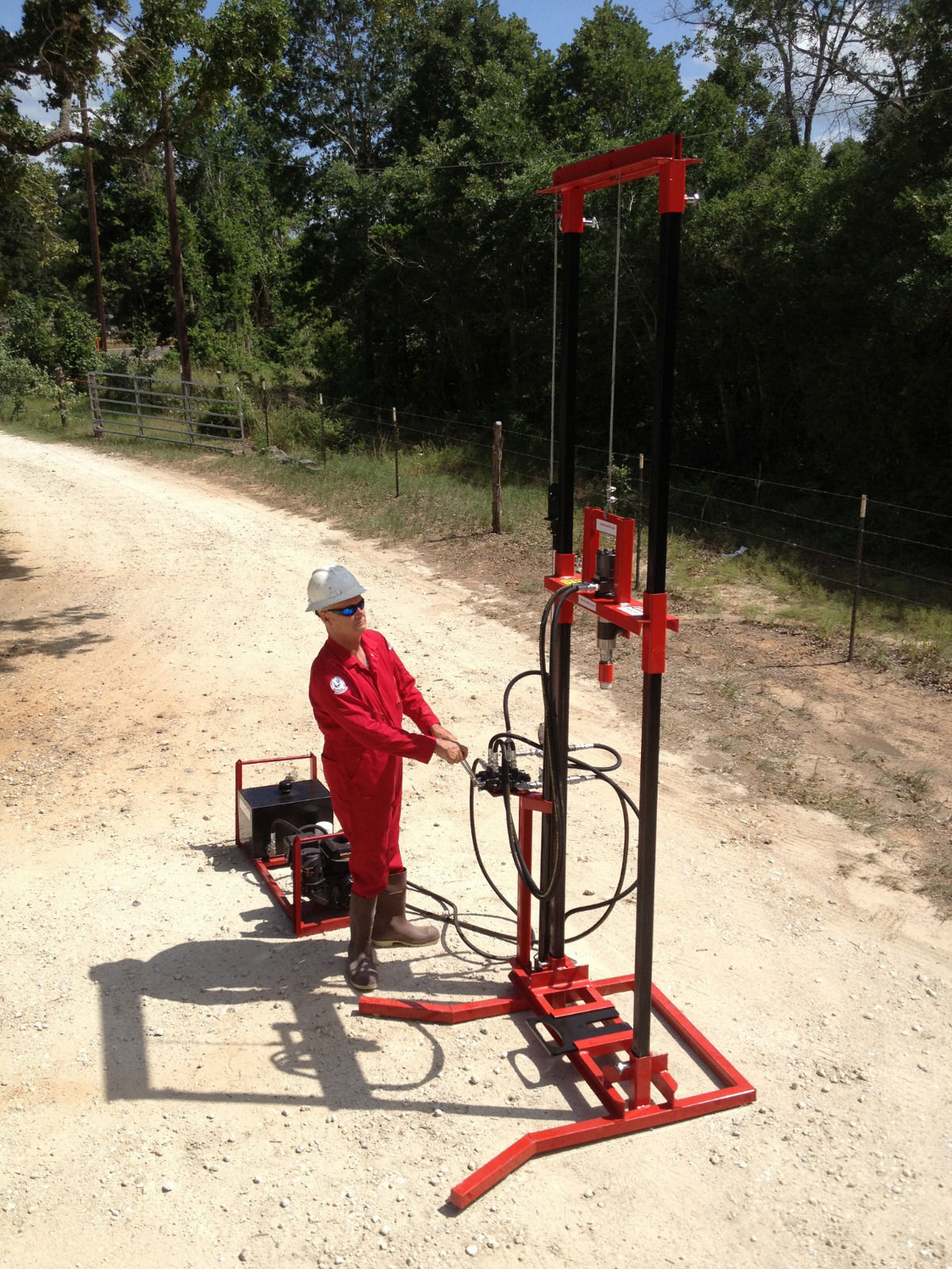 Easygrip Drilling Rig and Water Machine