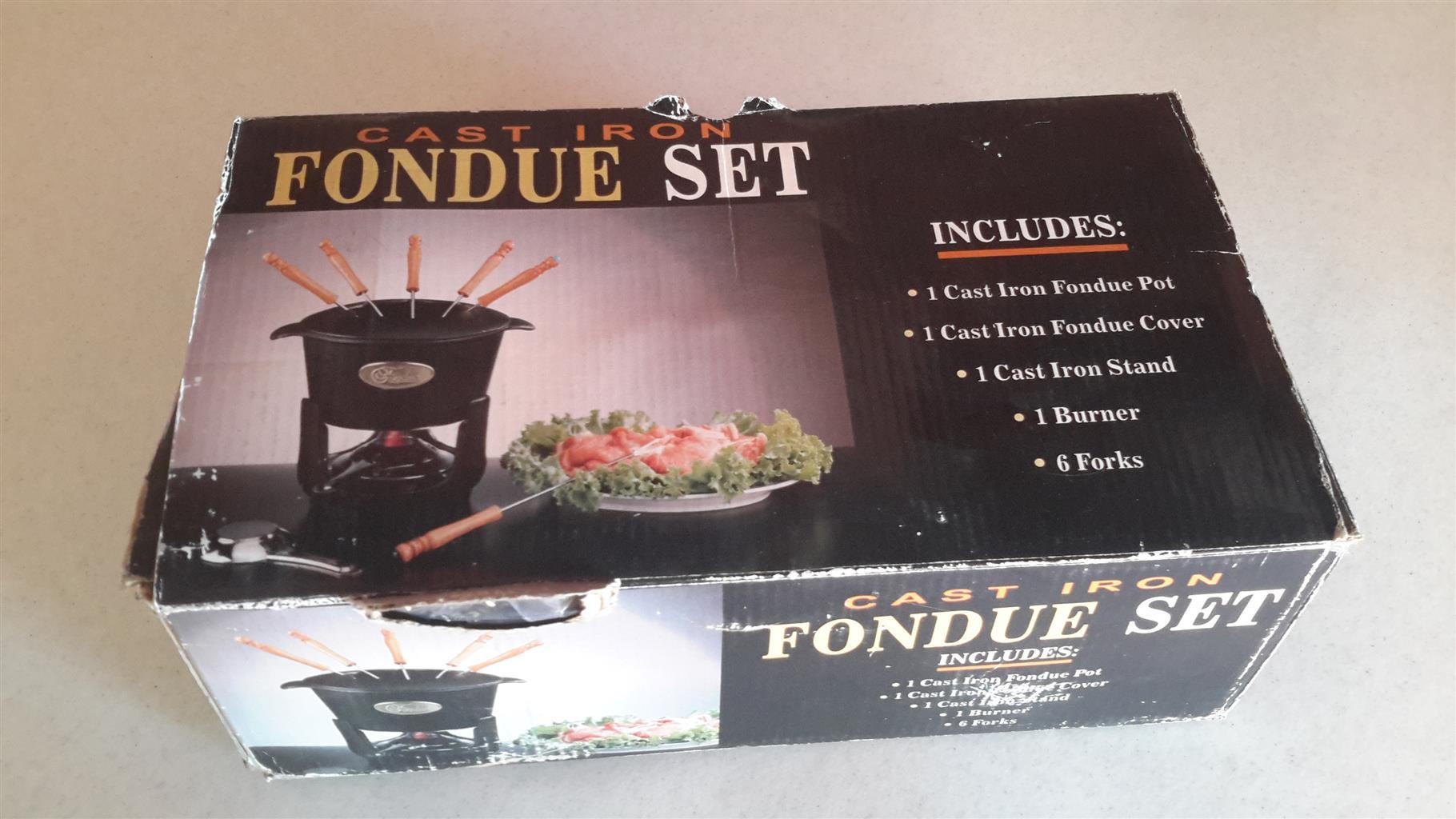 FONDUE POTS - Electric Chocolate fondue and traditional Cast iron Fondue pot