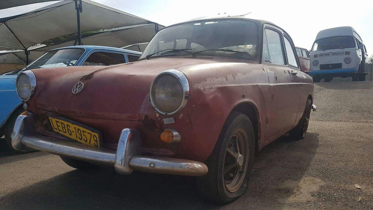 VW notchback