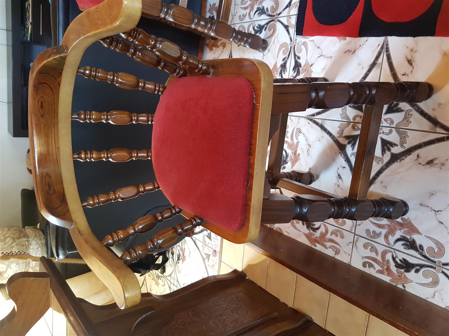 Solid Wood Bar with bar stools
