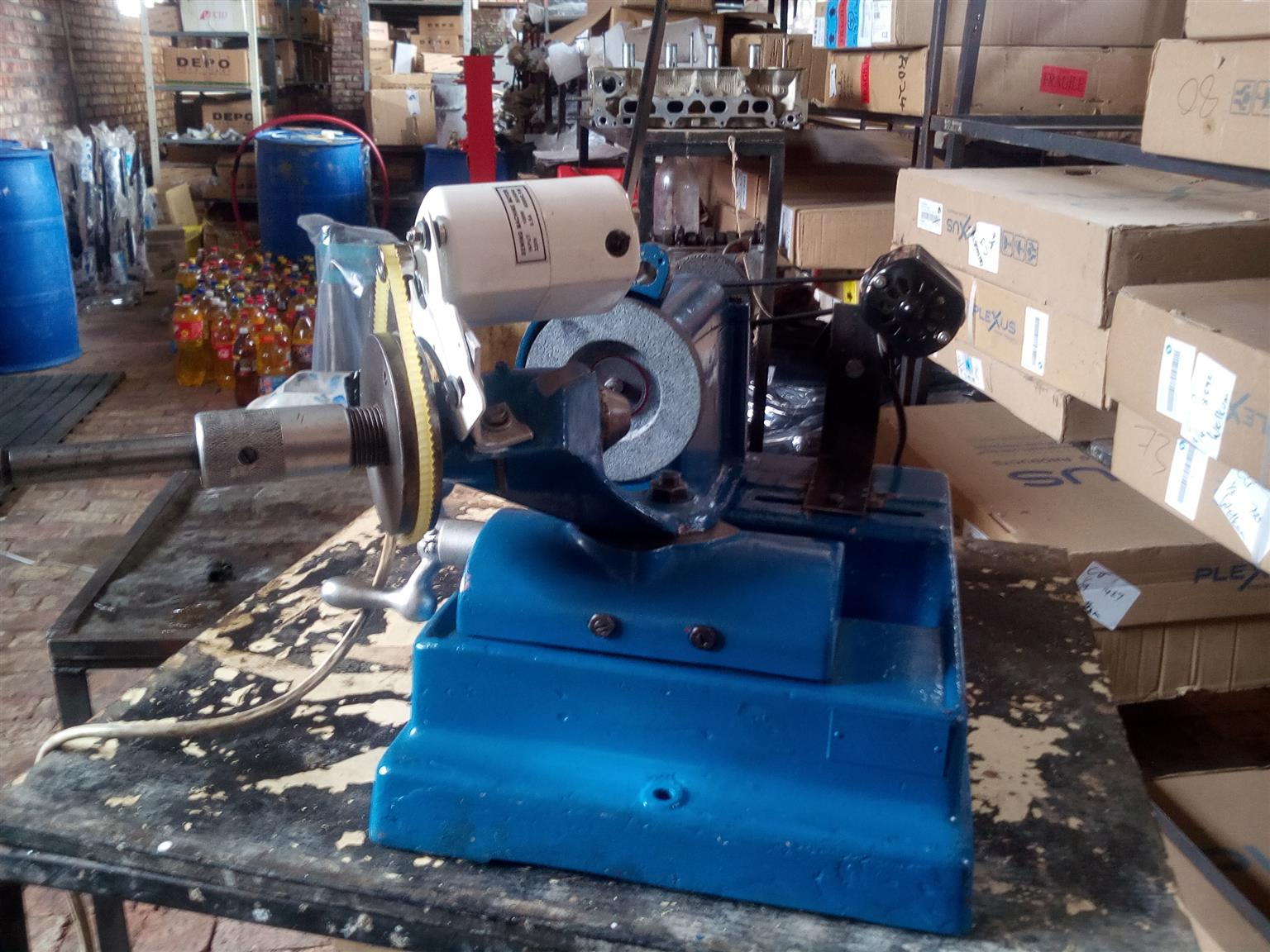 Warren and brown valve refacer | Junk Mail