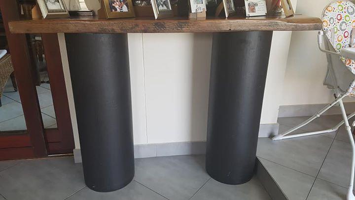 Sleeper bar table
