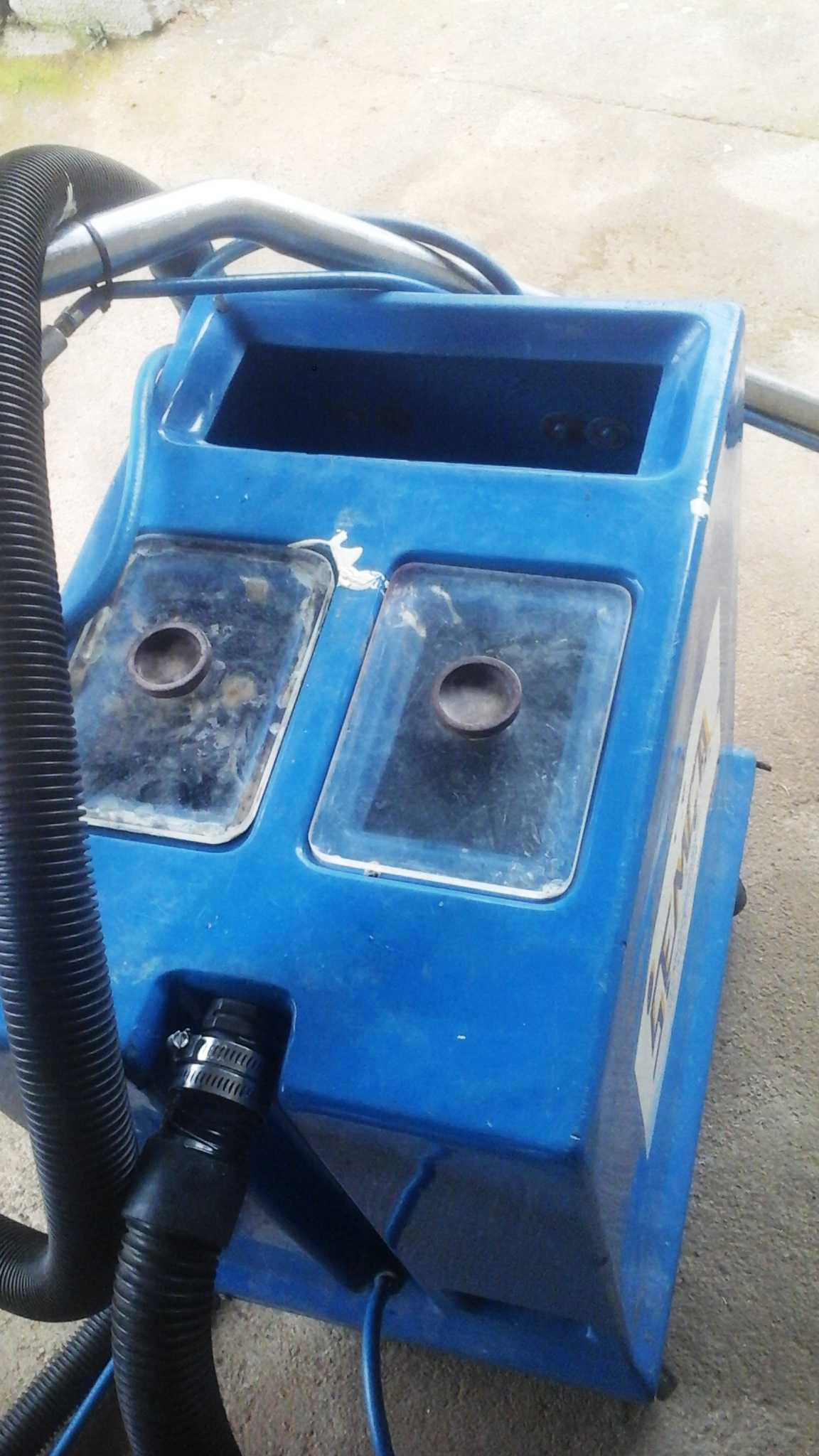 Industrial Carpet Cleaning Machine