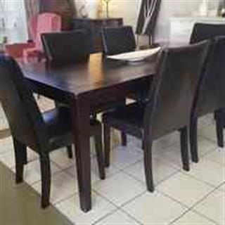 R 5 950 For Sale 6 Leather Dining Chairs Table