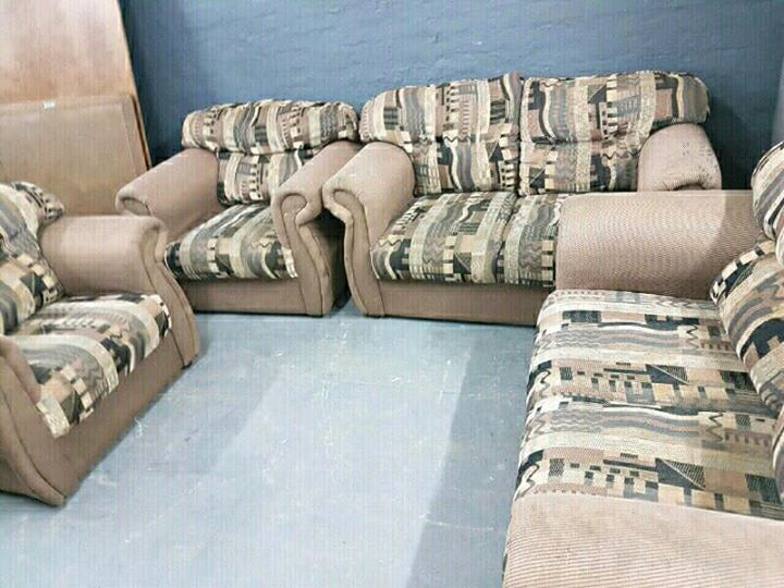 4 piece lounge set