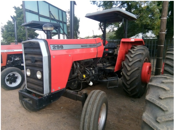 S1670 Red Massey Ferguson (MF) 298 2x4 Pre-Owned Tractor