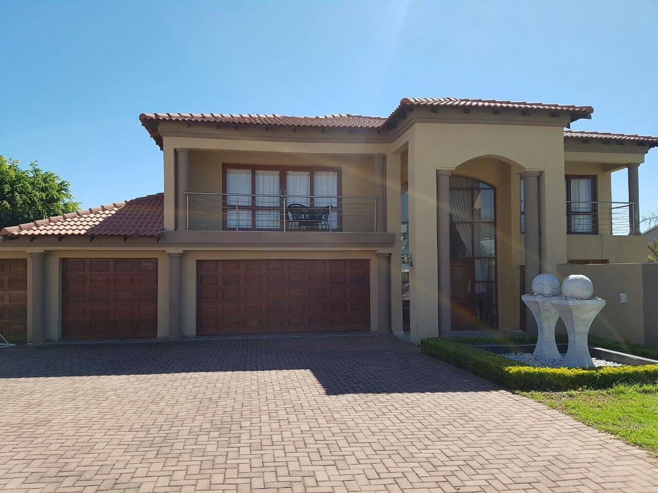 Modern double storey house for rent in zambezi country estate pretoria