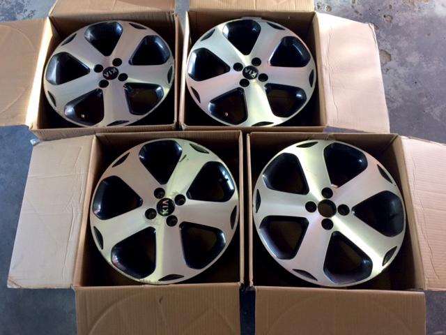 17 Inch Alloy Wheels x5