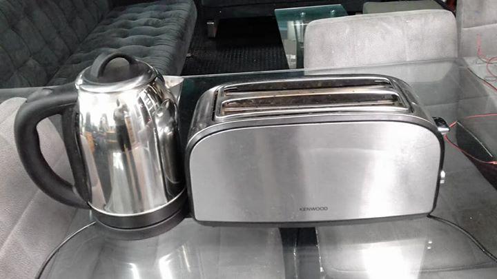 Toaster plus Kettle