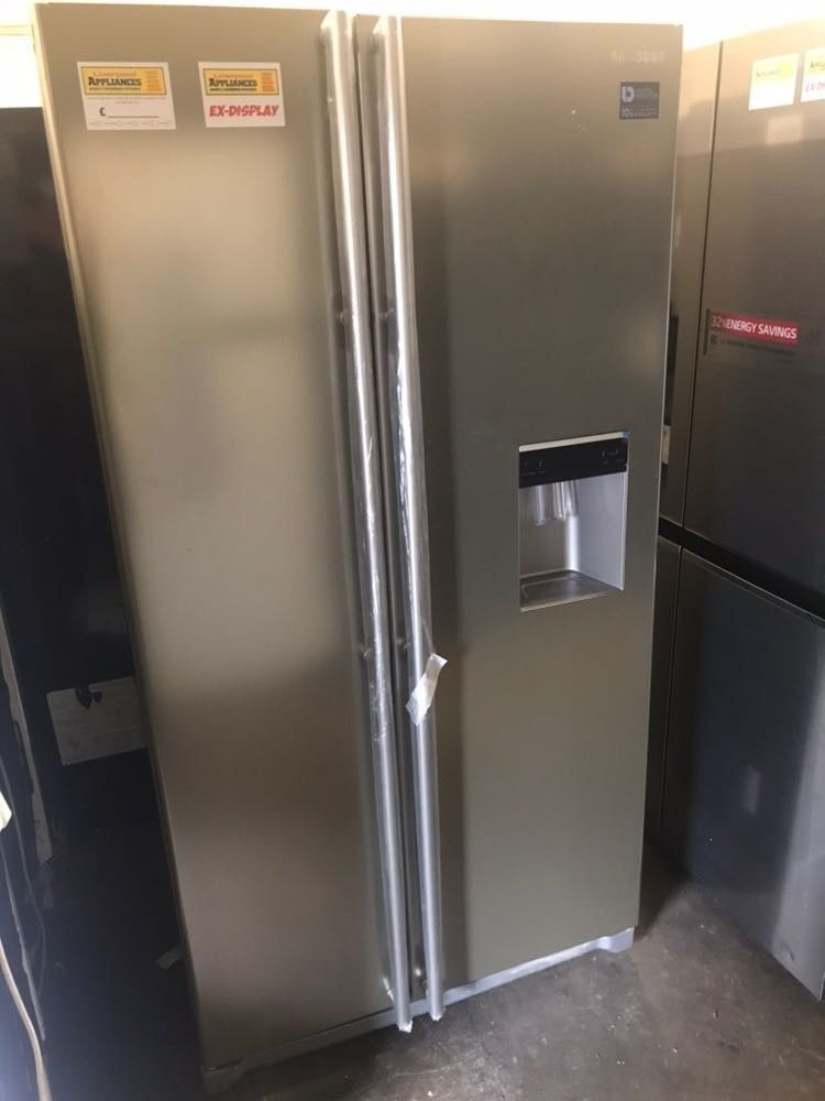 SAMSUNG 520 l Side by Side Fridge Freezer with Water Dispenser