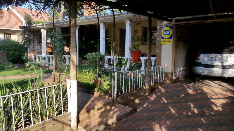 LITTLE FARM HOUSE, SHOPHIA TOWN, R870000.00