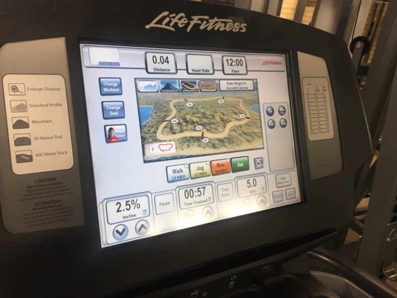 LIFE FITNESS 95T ENGAGE TREADMILL WITH LARGE LCD CONSOLE W TV