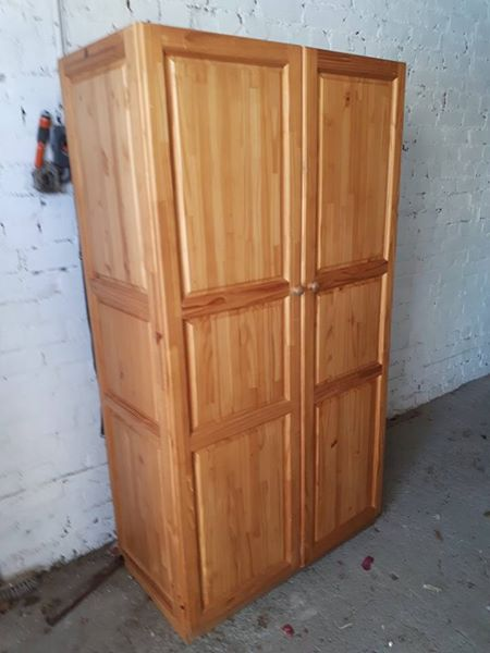 1x 2_door pine wardrobe with hanging and packing space