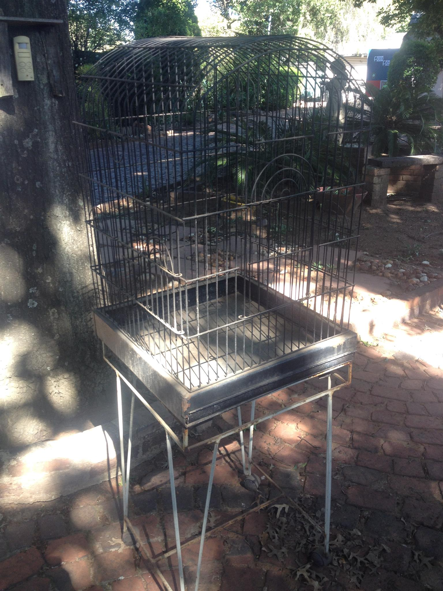 Small Parrot Cage – bargain