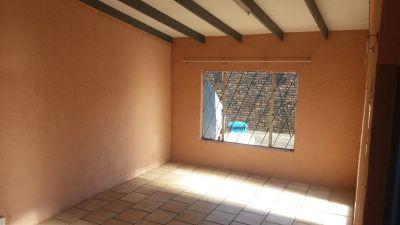 2 x Bedroom unit in Mayville Pretoria