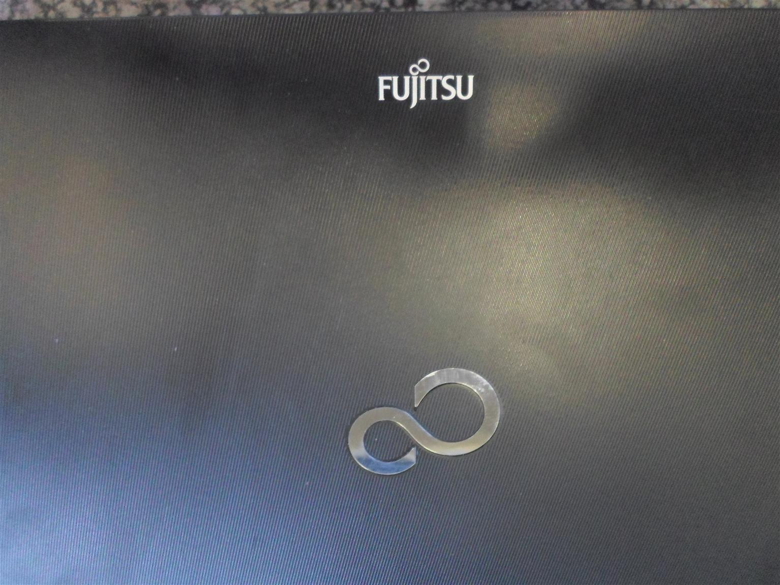 Windowa 10 Fujitsu Laptop