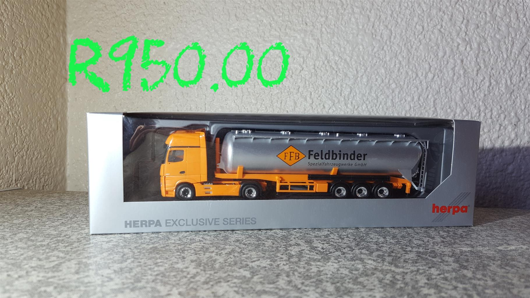 Model trucks and trailers 1:87 Ho Scale