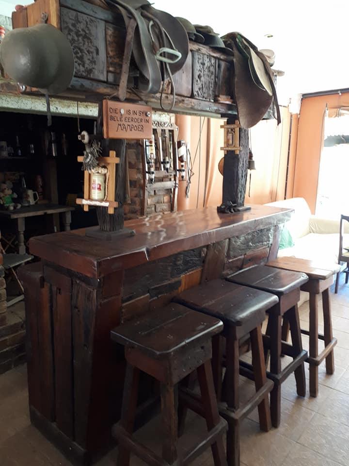 Sleeper Bar en 4 stoele