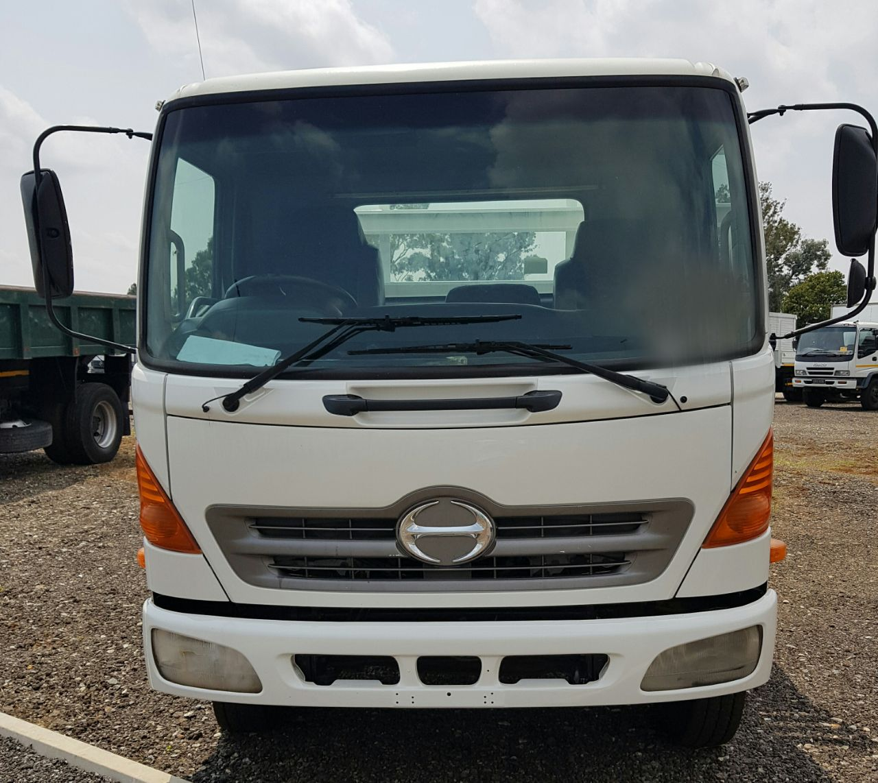 2009 Hino 500, 10-176 Dropside truck for sale