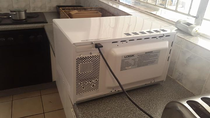 Logik Microwave in good condition