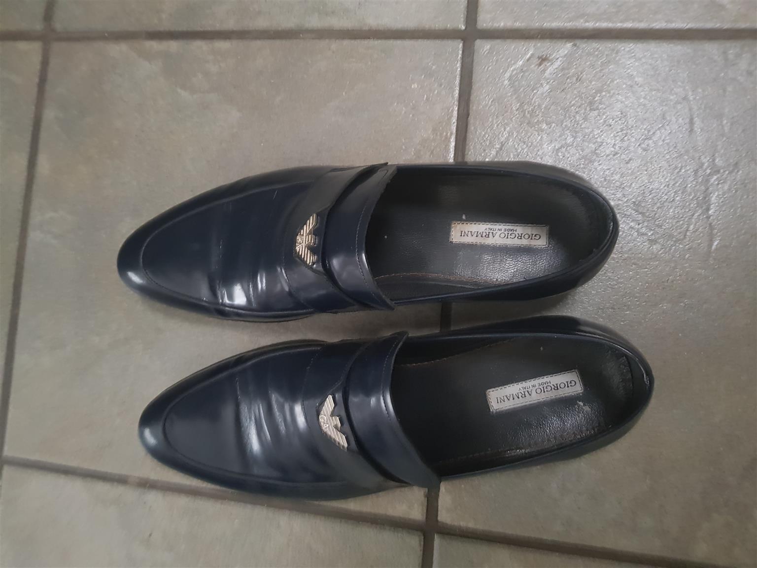 Men's  formal shoes (good labels on both shoes)
