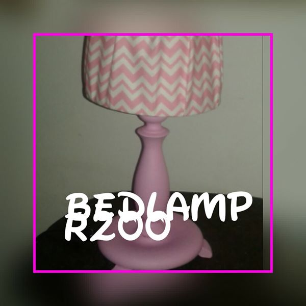 Pink bedlamp for sale