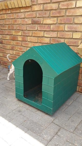 1x Cosy Kennel