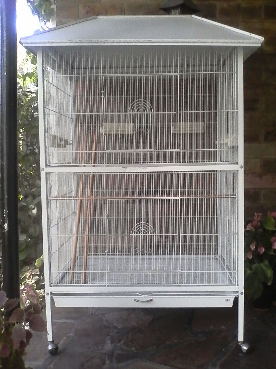 Mobile small - medium bird aviary
