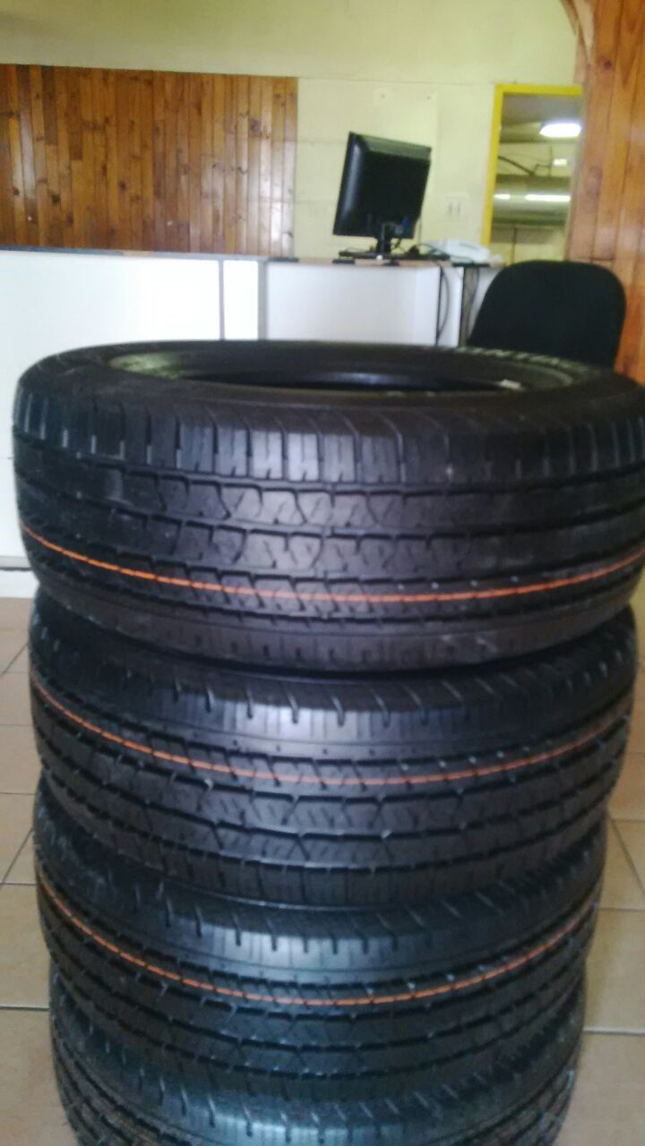 New 265/60/18 inch continental cross contact tyres at very good prices for R6999 (set of 4)