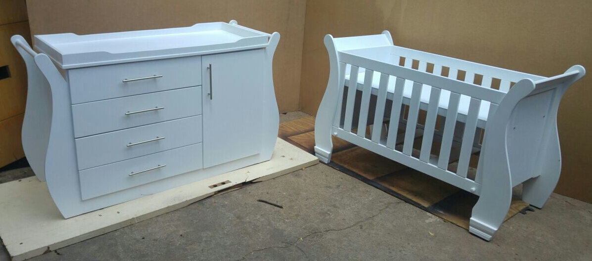 Jasmine Baby Cot and Compactum-R 4499,00