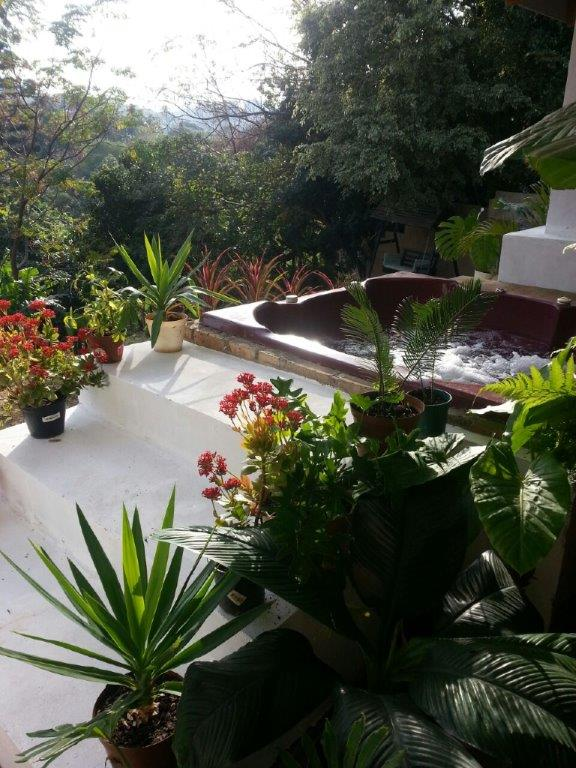 DURBAN-SOUTH COAST-HOLIDAY HOME AWAY FROM HOME WITH LOTS OF FUN FOR KIDS ON RAINY DAYS