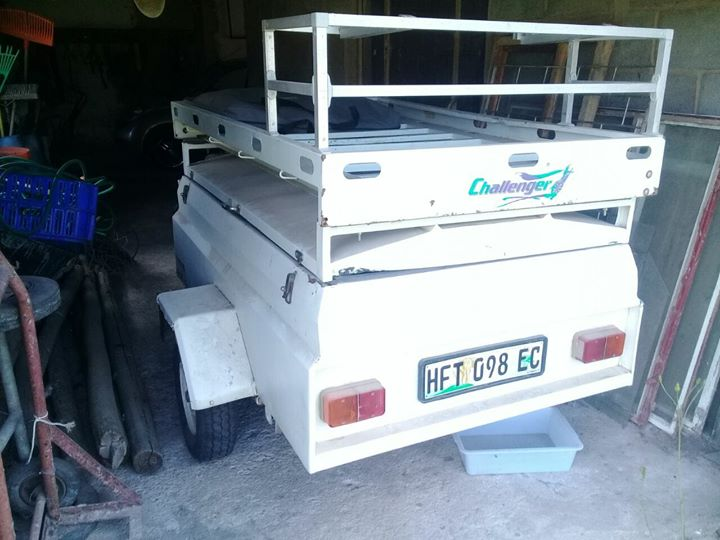 TRAILER FOR SALE LICENCE