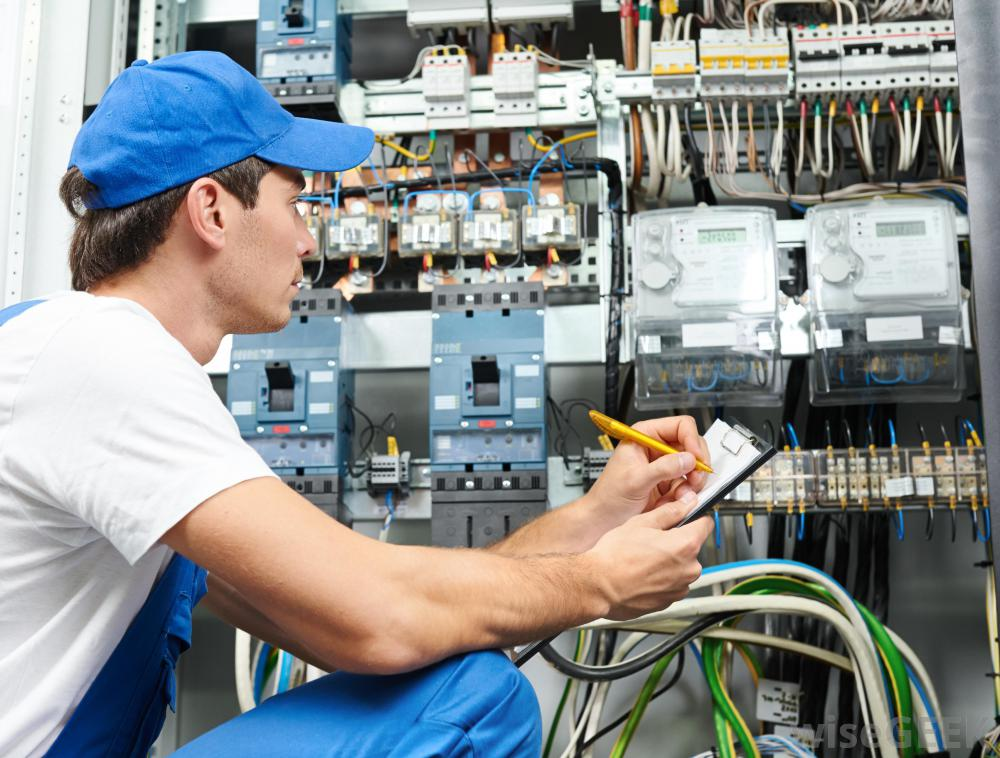 electrical wiring training. *084-592-6824* plumbing.refrigeration.welding.carpentry.boilermaking.