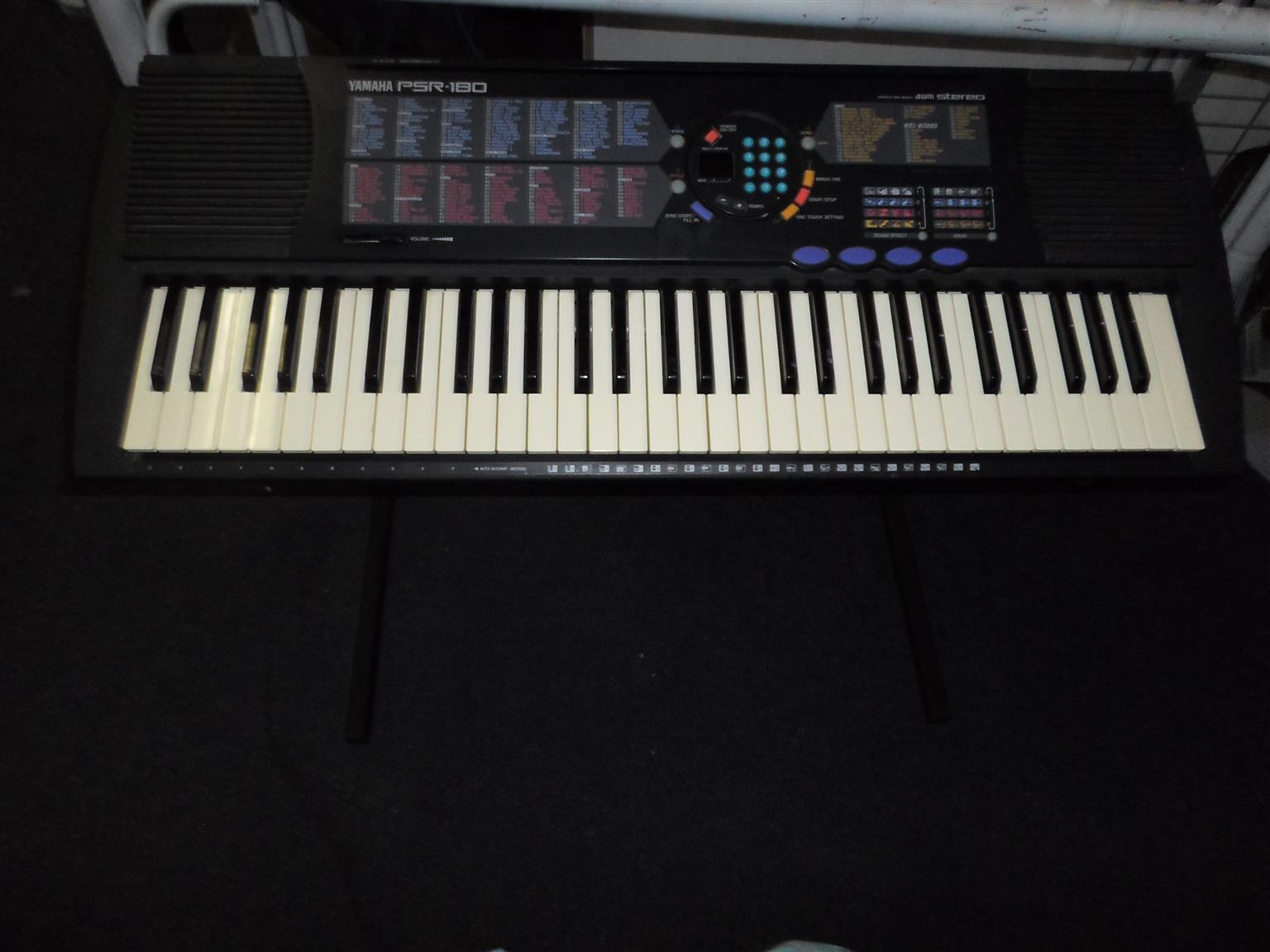 Yamaha PSR-180 Keyboard