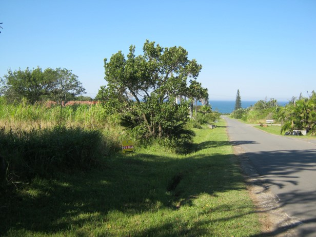 Large Level Stand- Close to the Beach- for sale in Port Edward