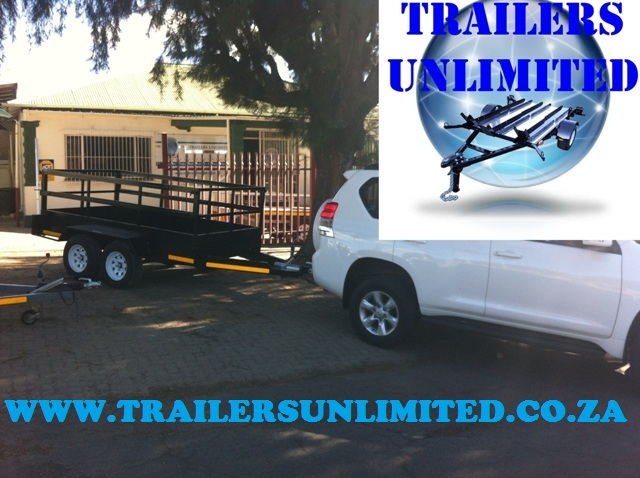 UTILITY TRAILER DOUBLE AXLE BLACK UNIT.