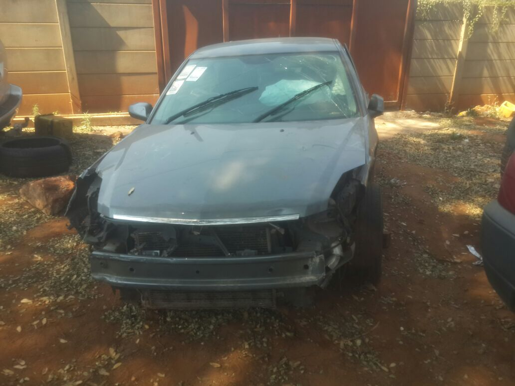 2007 Cadillac BLS 2.0T Stripping for spares
