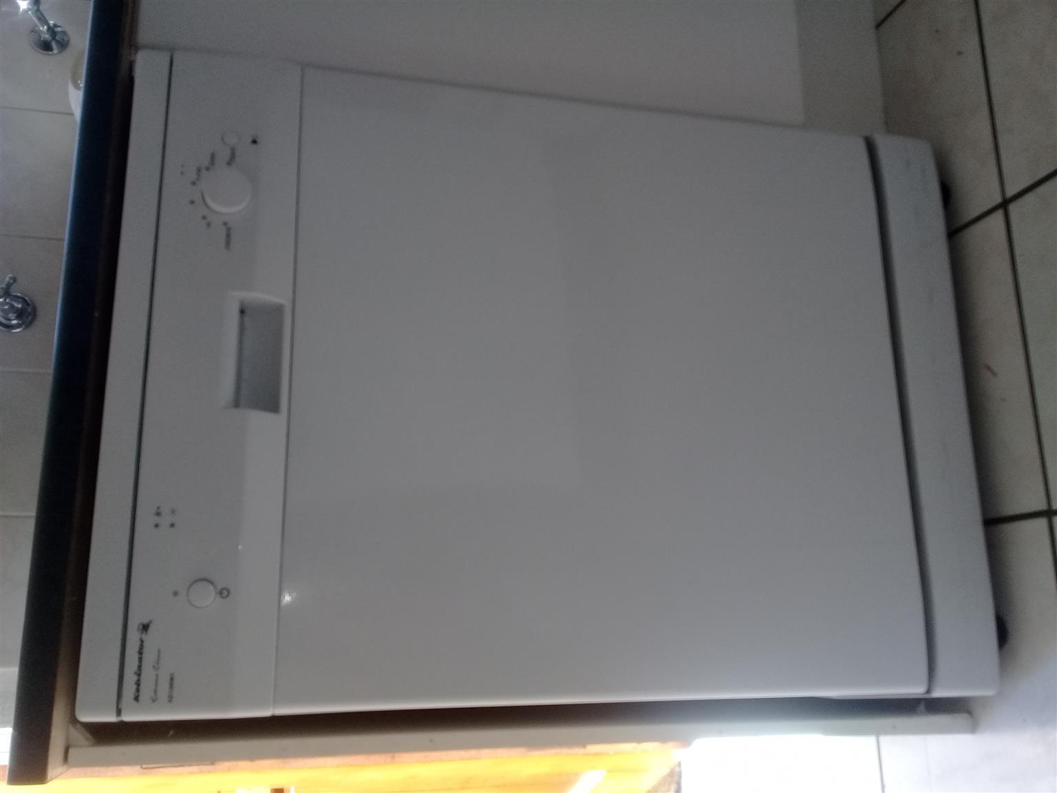 Dishwasher - kelvinator KD12ww1