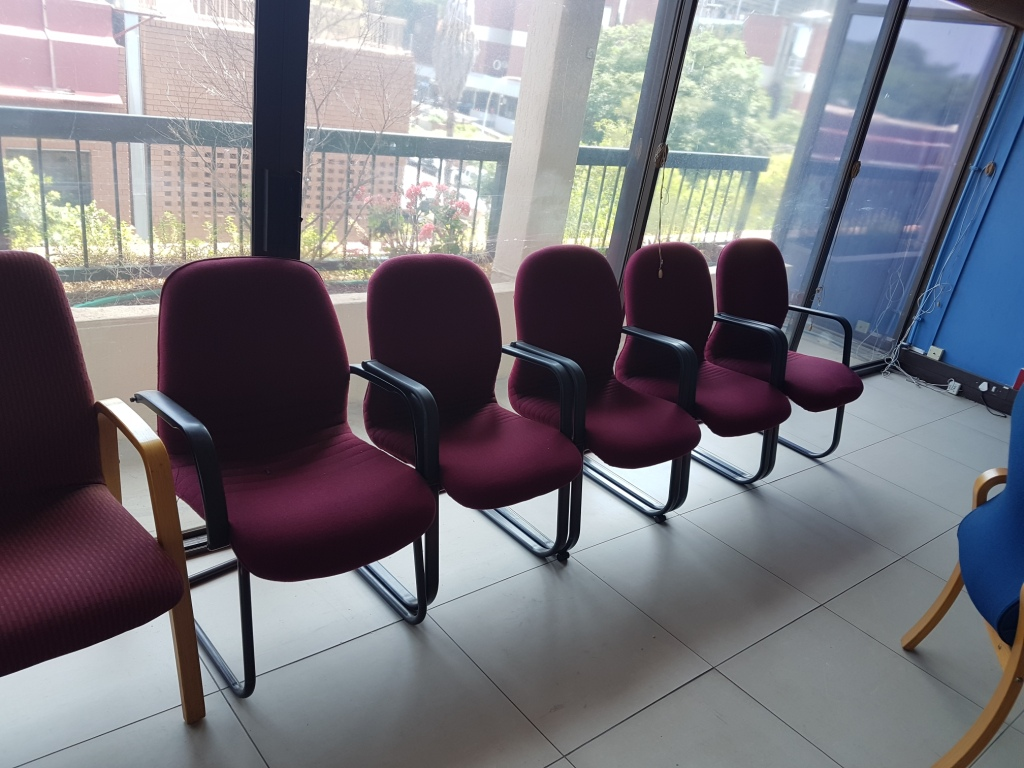 Second Hand Office Furniture In Good Condition For Sale.