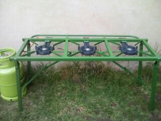 3 Burner Gas Stove + Cylinder for Rent